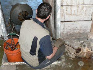 plumbers_snake_